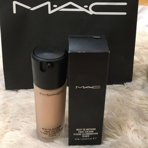 NWT Mac Next to Nothing Face Colour Light